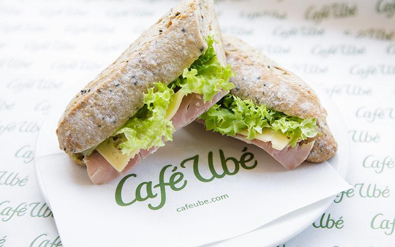 Café Ubé Baguette